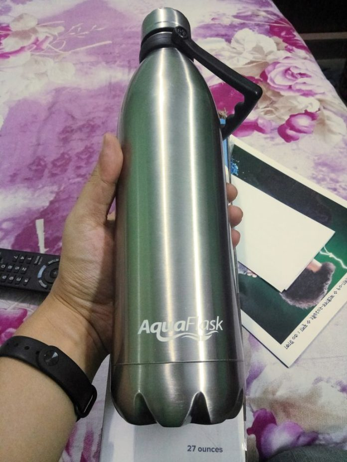 AquaFlask Insulated Double Wall Stainless Steel Water Bottle Review 4