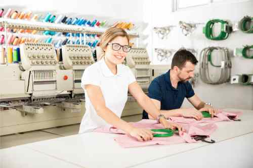 Kathleen Reid selecting new design for The Best Embroidery Machine
