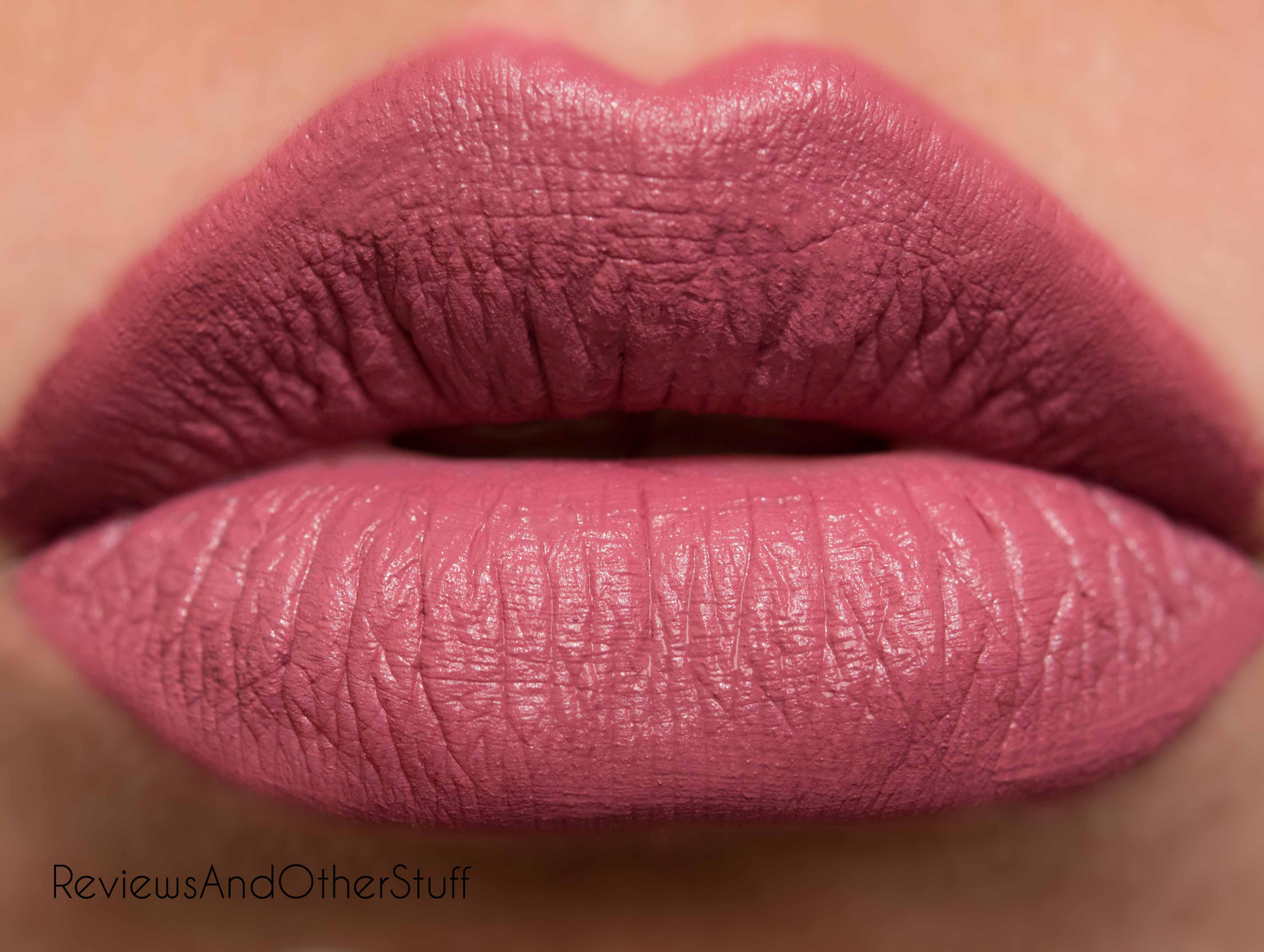 Tarte tarteist creamy matte lip paint review for Tarte lip paint fomo