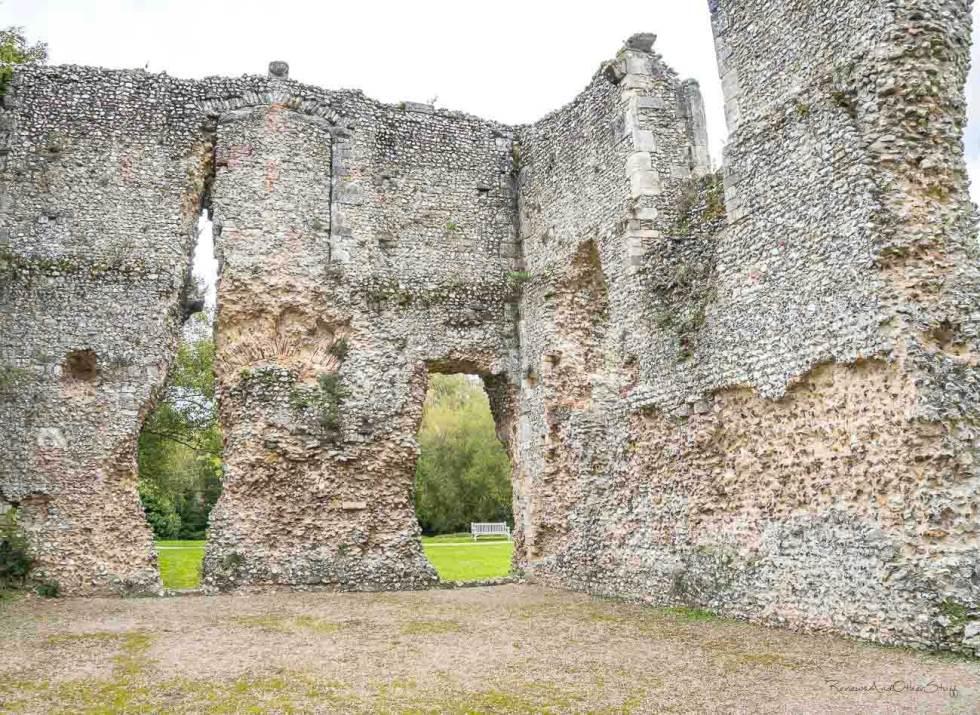 bishops waltham ruins
