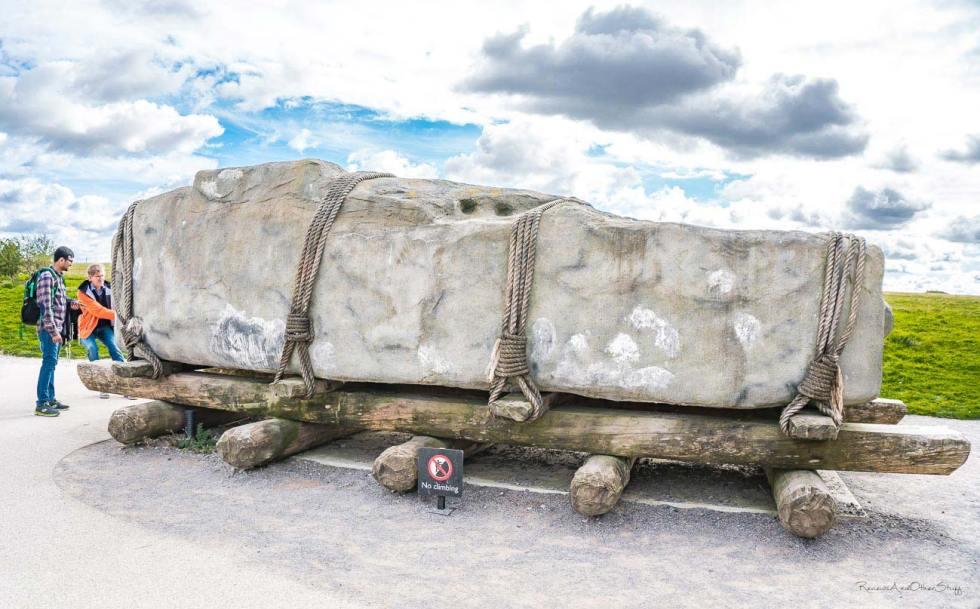 stonehene large stones