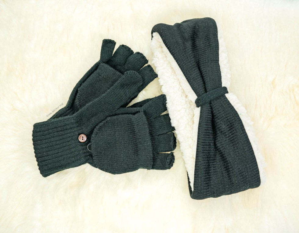Bearpaw Combo Set: Headband And Pop-Top Glove Duo