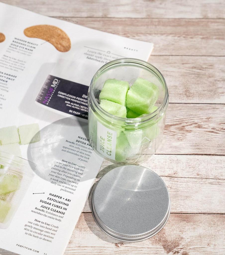 Harper + Ari Exfoliating Sugar Cubes in Juice Cleanse