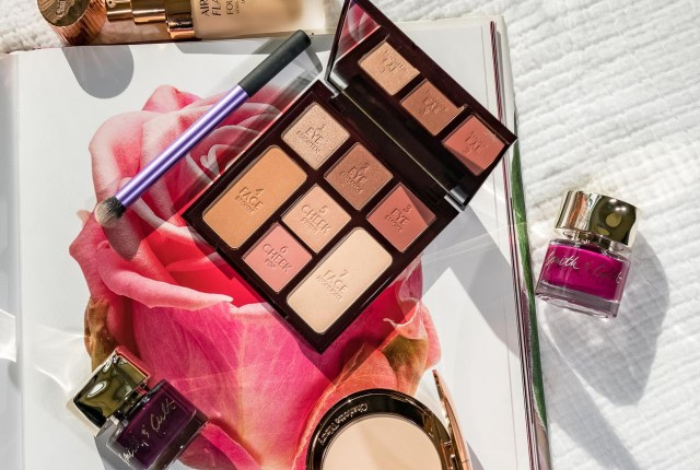 Charlotte Tilbury Instant Look In A Palette Gorgeous Glowing Beauty swatch