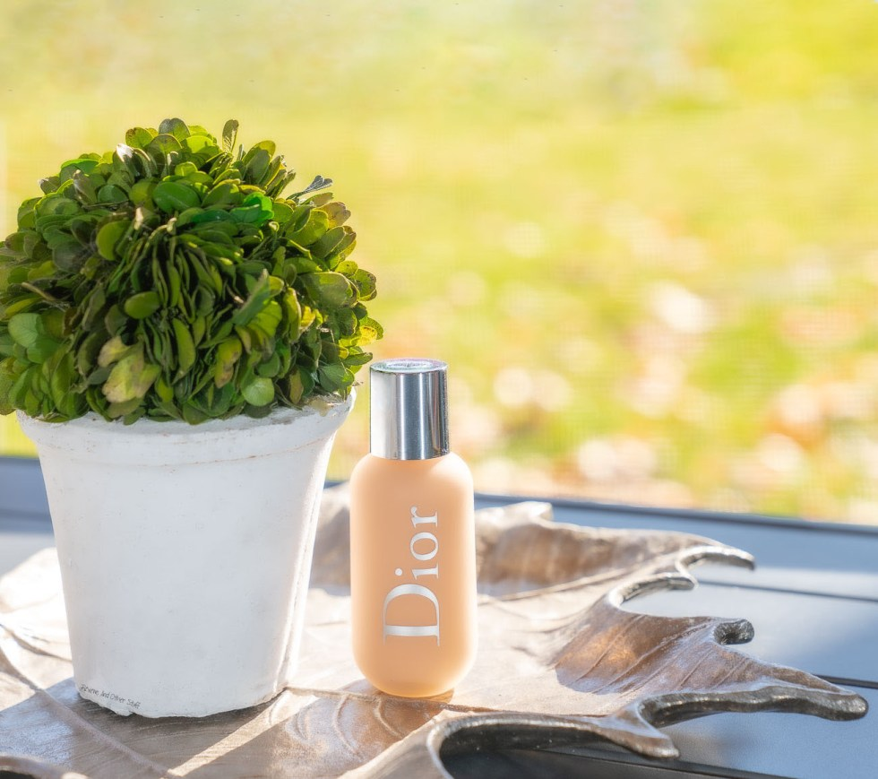 Dior Backstage Face & Body Foundation in 2 Neutral