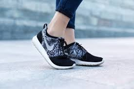 Top & LATEST(2021) Women's shoes for Running – Buy Best & CHEAPEST Women Running Shoes ONLINE