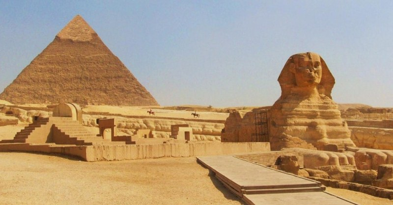 Top Tourist Attractions In Egypt Worth Your Time & Stay