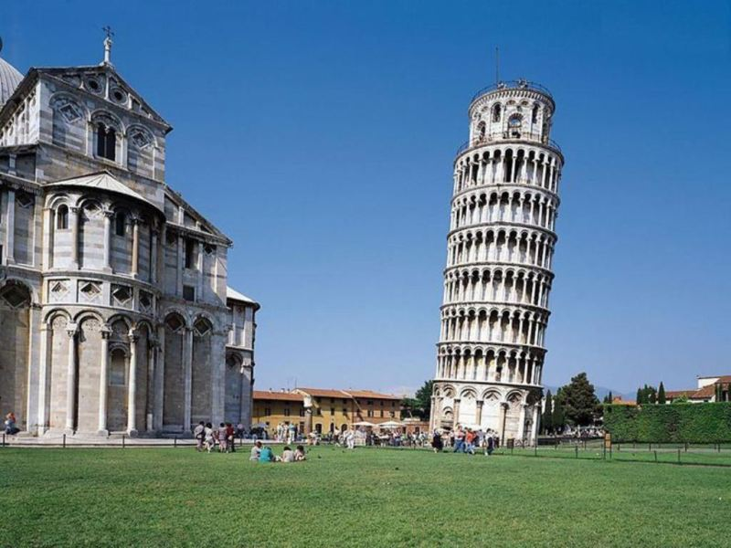 Top Tourist Attractions In Italy Worth Your Time & Stay