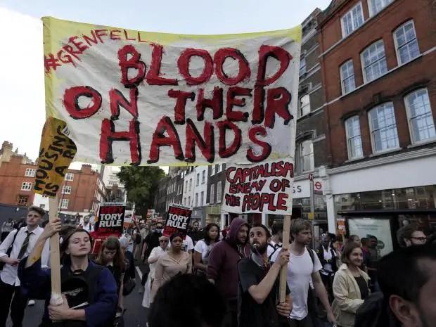 Grenfell protests kensington.jpg