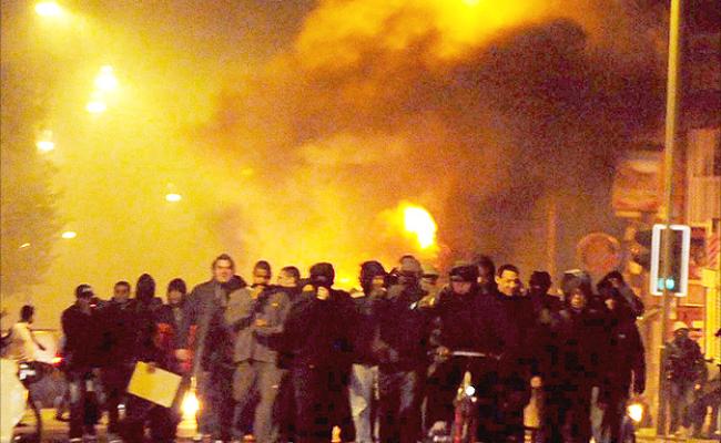 Sociological Perspectives On The London Riots
