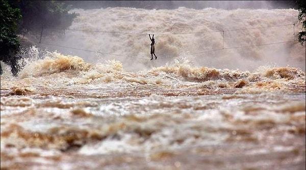 A turbulent river. Image credit jokeroo.