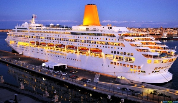 The Oriana a cruise ship from Germany. Image credit totifun.com