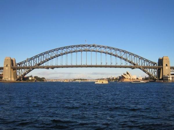 Metals are popular in construction. Image credit traveldigg.com