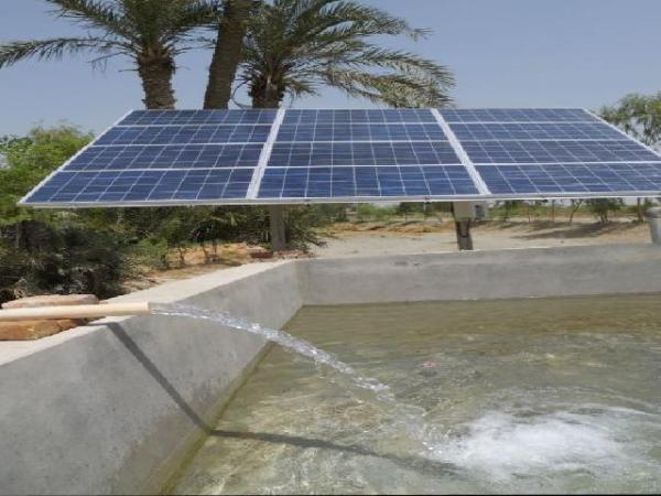 A solar force pump. Image credit sunfuel.co.in