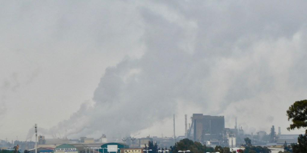 """La industria química onubense pide una campaña sin mensajes """"equivocados"""" o """"populistas"""" que puedan """"afectar a este sector"""""""