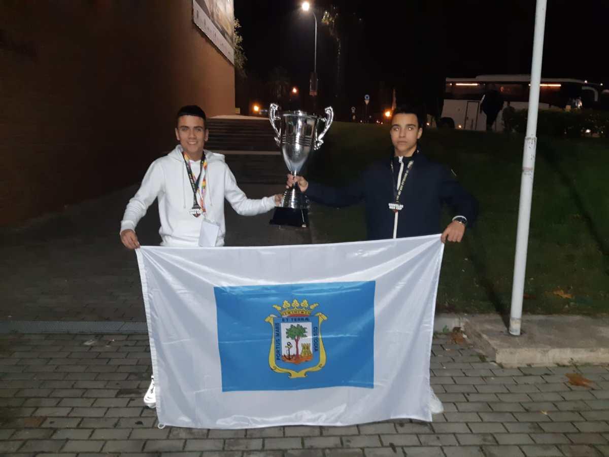 Los jóvenes púgiles onubenses Daniel Montes y Ángel Boughaba ganan sendas medallas de bronce en el campeonato internacional Odivelas Box Cup 2018