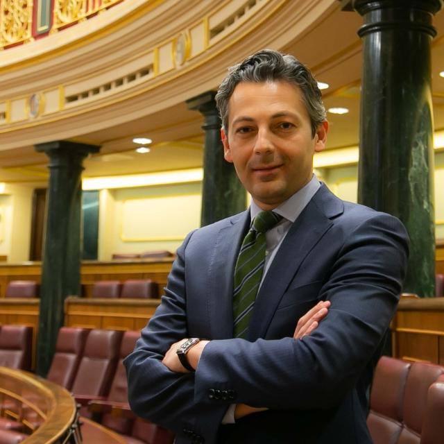 Por fin, un diputado gitano en el Congreso