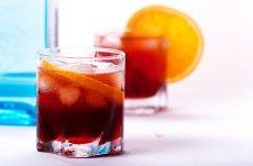 Receta del clasico coctel negroni, con campari y gin