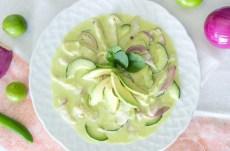 Receta de aguachile verde con tomate, pepino y cebolla morada