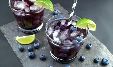 Vodkaberry: vodka con moras azules para el verano