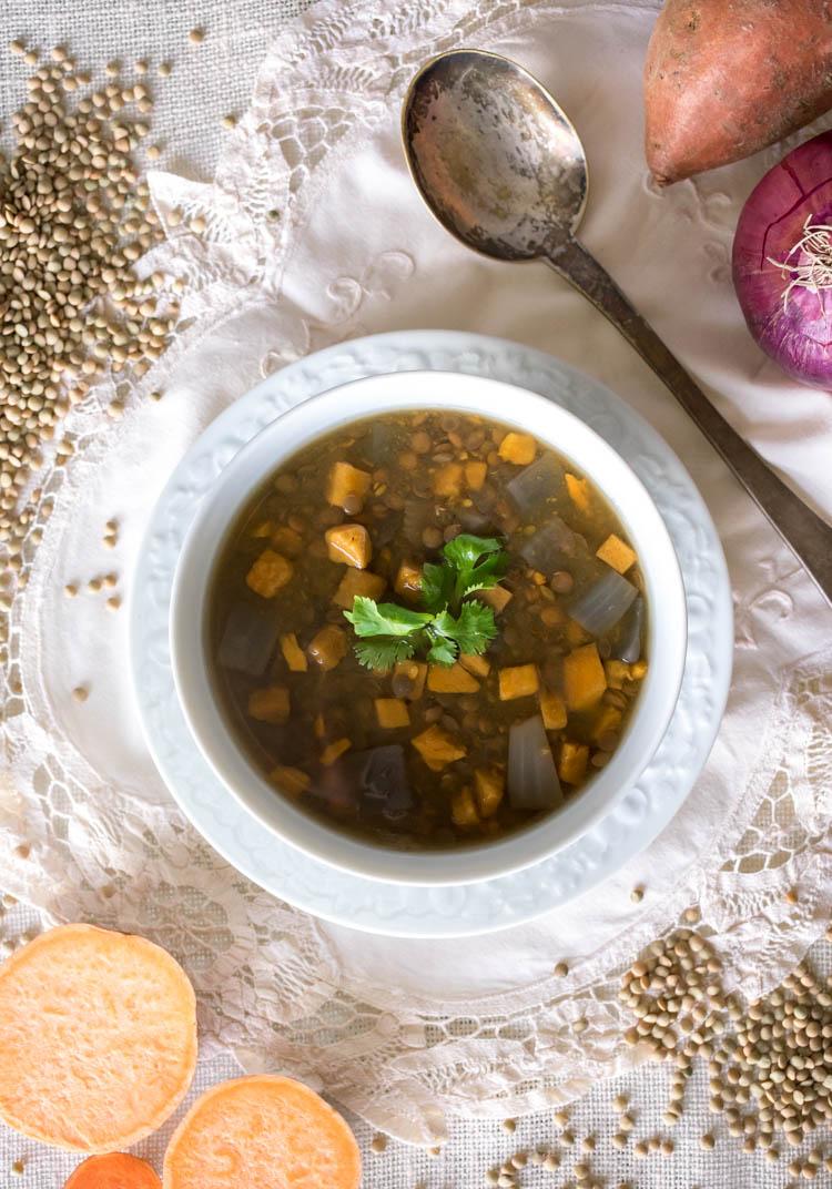 receta de sopa de lentejas en olla de lenta cocción slow cook en revista maria orsini