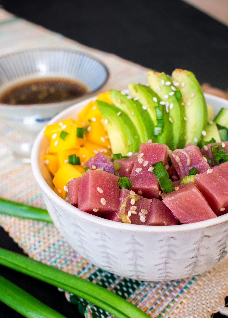 Poke bowls caseros de atún
