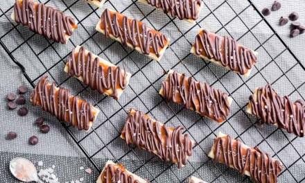 Twix casero: galletas con chocolate y dulce de leche
