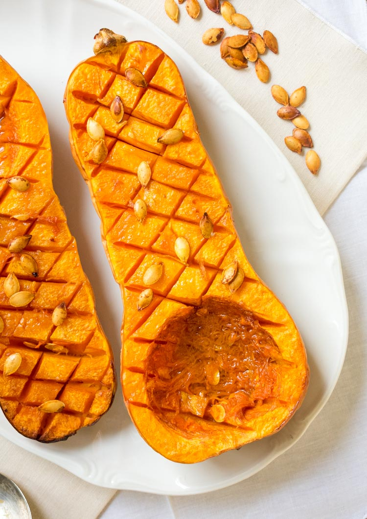 Calabaza mantequilla o butternut squash al horno.