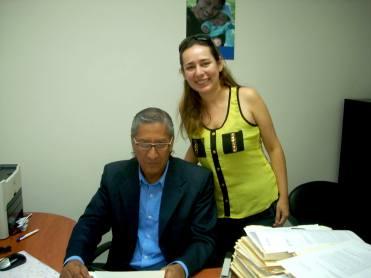 Mireya con el abogado Marco Pacheco