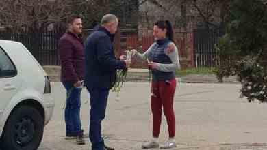 Photo of Mitocanii de la PSD au oferit cozi de frezii femeilor din Ștefănești