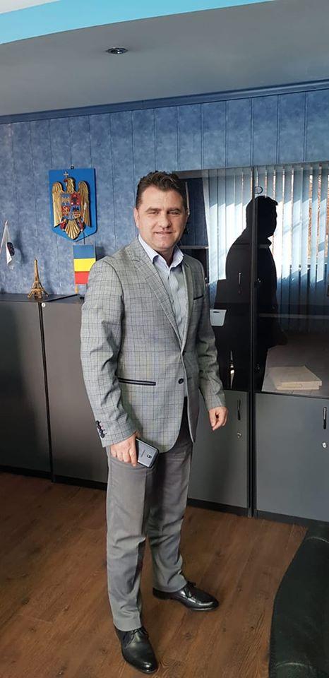 Mesajul directorului D.S.V.S.A. Argeș cu ocazia Zilei Naționale a Medicului Veterinar 1
