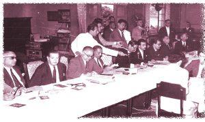 Almoço realizado no Bauru Tênis Clube em recepção ao presidente  Jânio Quadros. Entre as autoridades, também estava na mesa o Brigadeiro Faria Lima (segundo