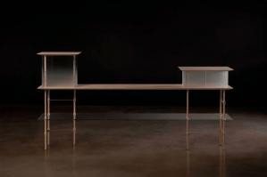 Mesa por la marca italiana Project-B, fundada por el diseñador Emanuele Bonomi, en el Collective Design 2015.