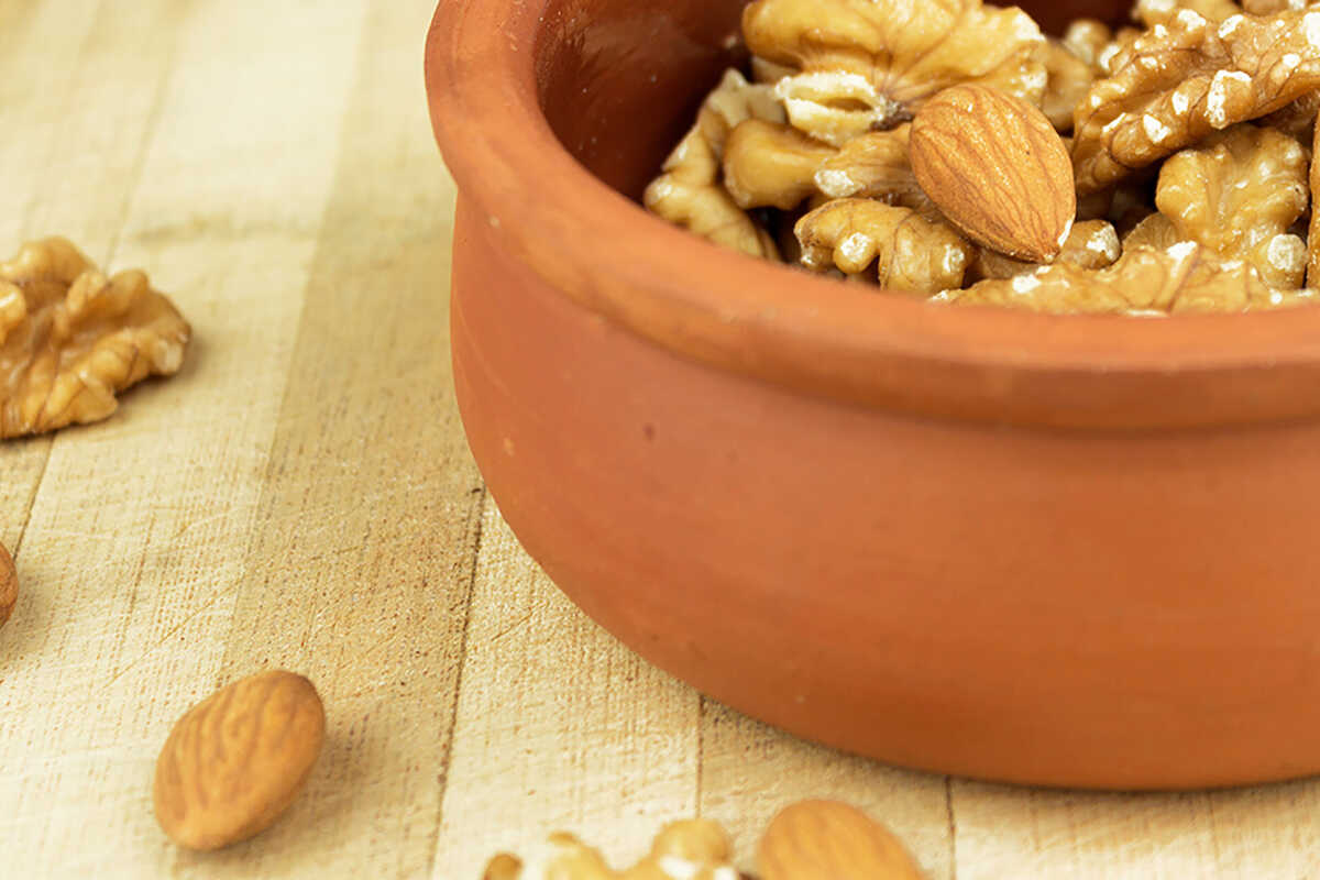 Consumaţi nuci şi seminţe hidratate!