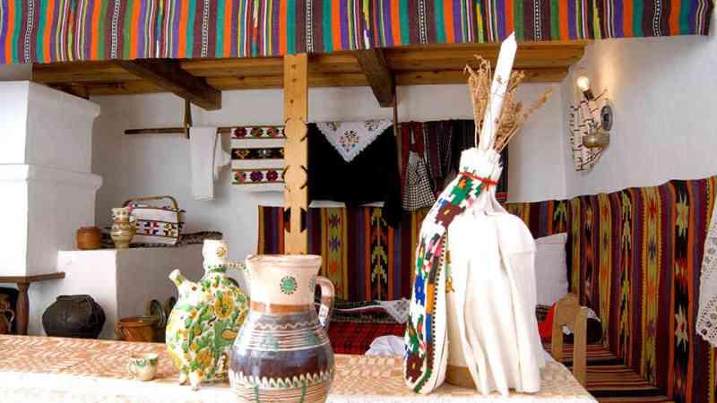 muzeul-satului-bucovinean