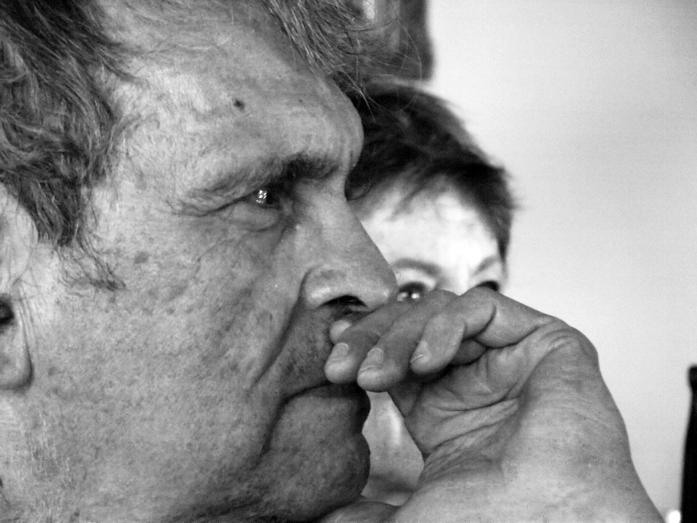Rafael Cadenas y Gustavo Pereira: país adentro, o había que llenar de vino el vaso