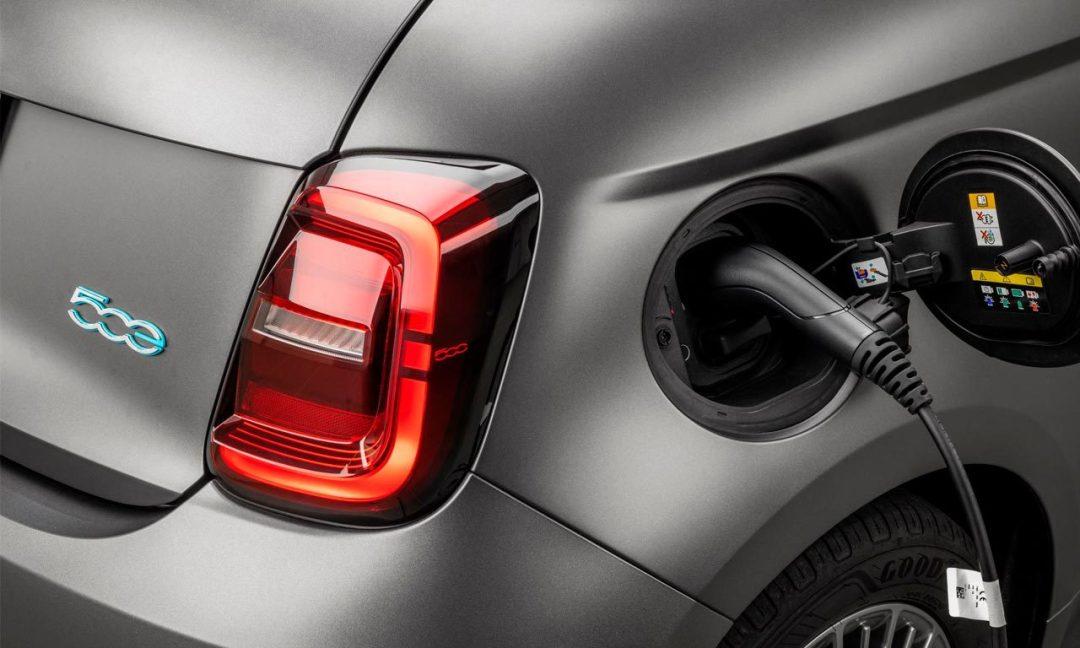 Fiat 500 elétrico 500e Icon Brasil