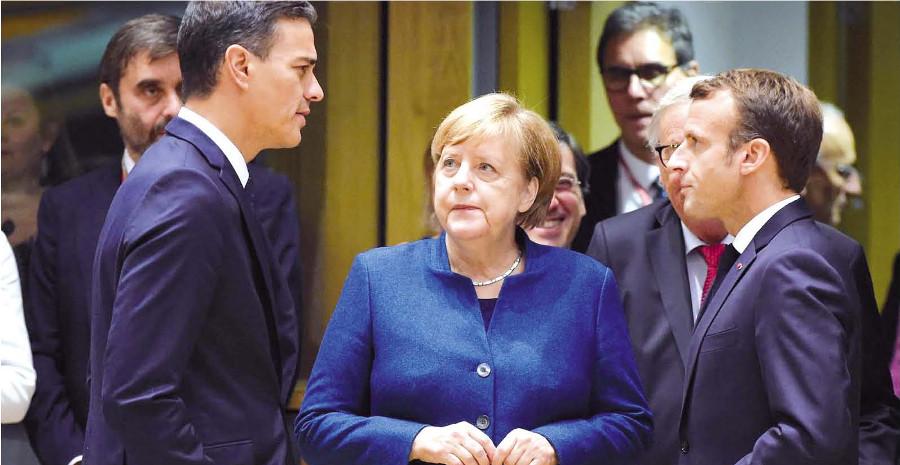 Pedro Sanchez, Angela Merkel, Emmanuel Macron