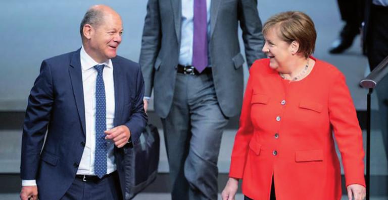 Angela Merkel y Olaf Scholz.