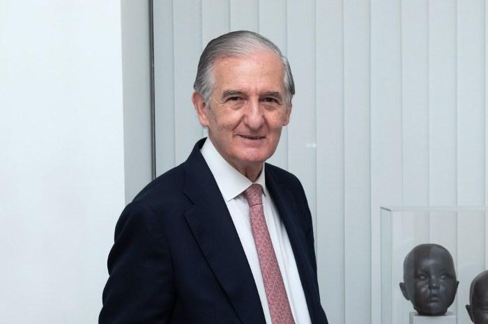 Alberto Alonso Ureba, Catedrático de Derecho Mercantil, socio de Ramón y Cajal y ex consejero de Endesa, Zeltia y Siemens Gamesa