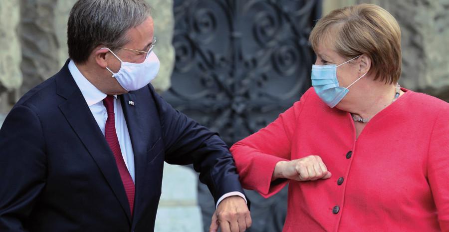 Armin Laschet y Angela Merkel