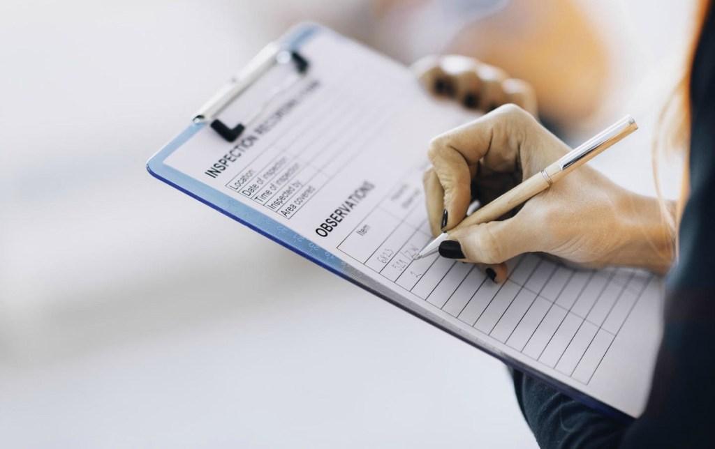 Qual a visão das Vigilâncias Sanitárias sobre os serviços de saúde em farmácias?
