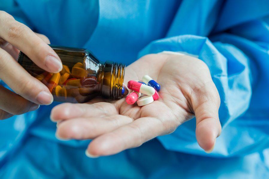 Fator X é definido por CMED para ajuste de preços de medicamentos em 2021