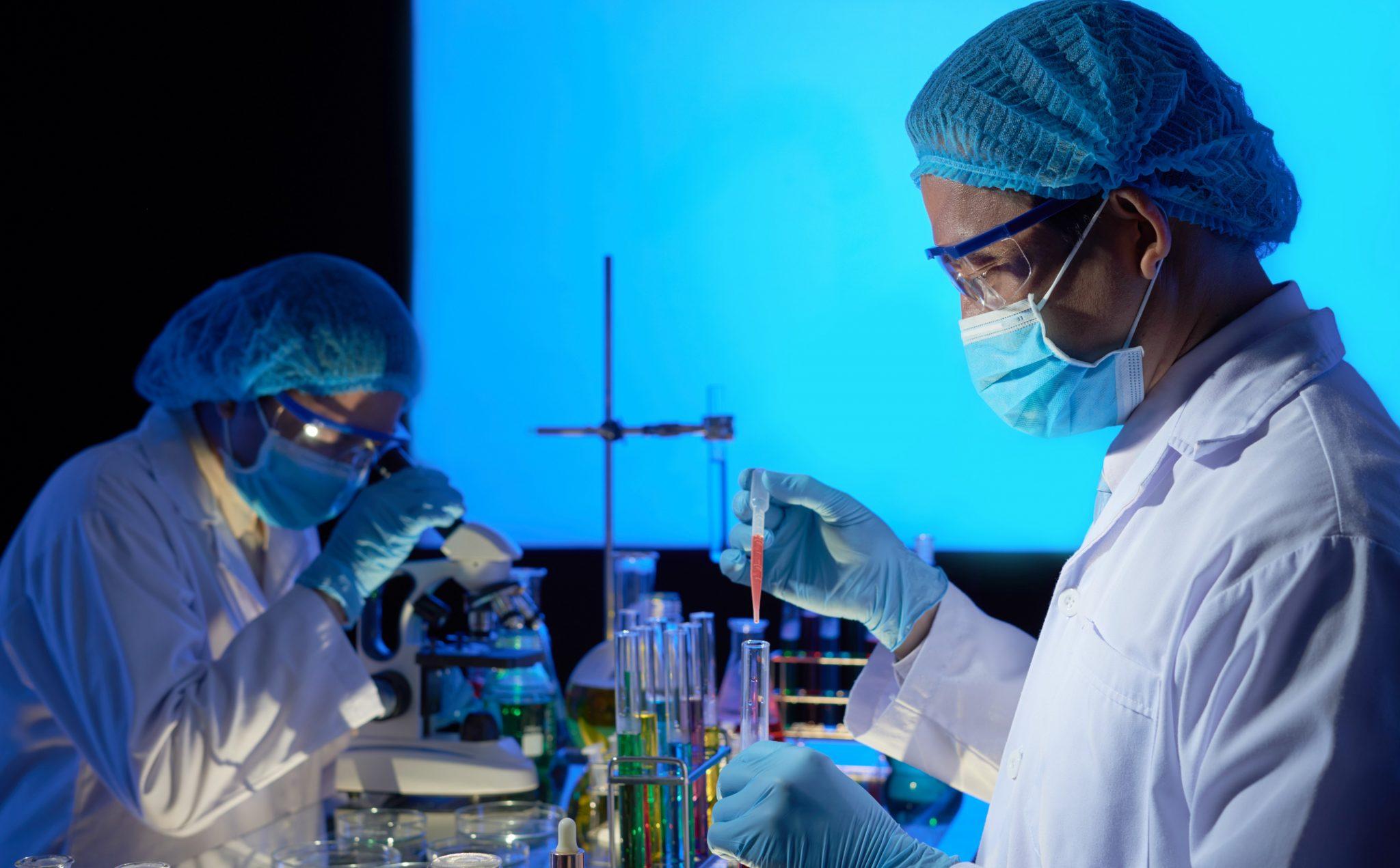 ICB-USP descobre sete possíveis fármacos contra Covid-19