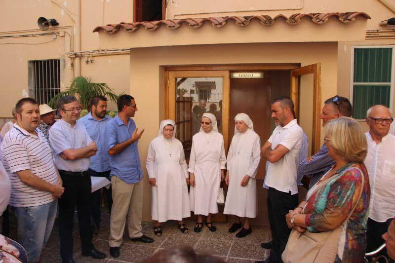 Momento del acto de despedida a las monjas. Foto: Ajt de Vilassar de Dalt