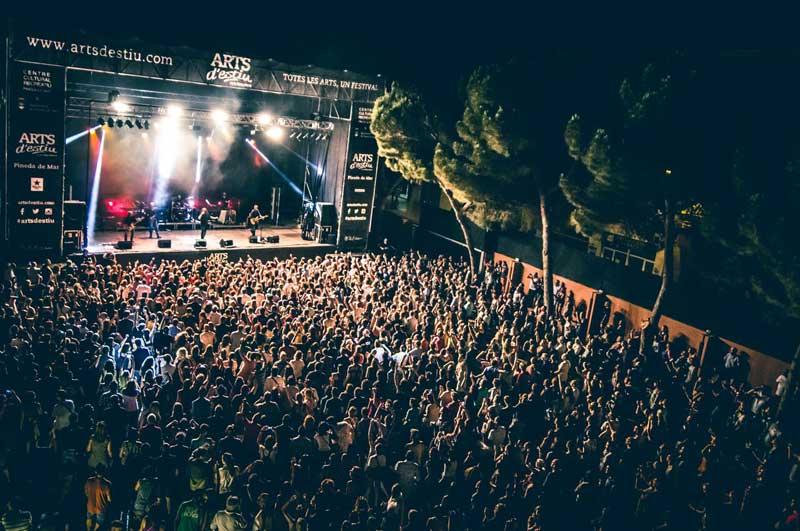 El concierto de Sopa de Cabra, uno de los más multitudinarios