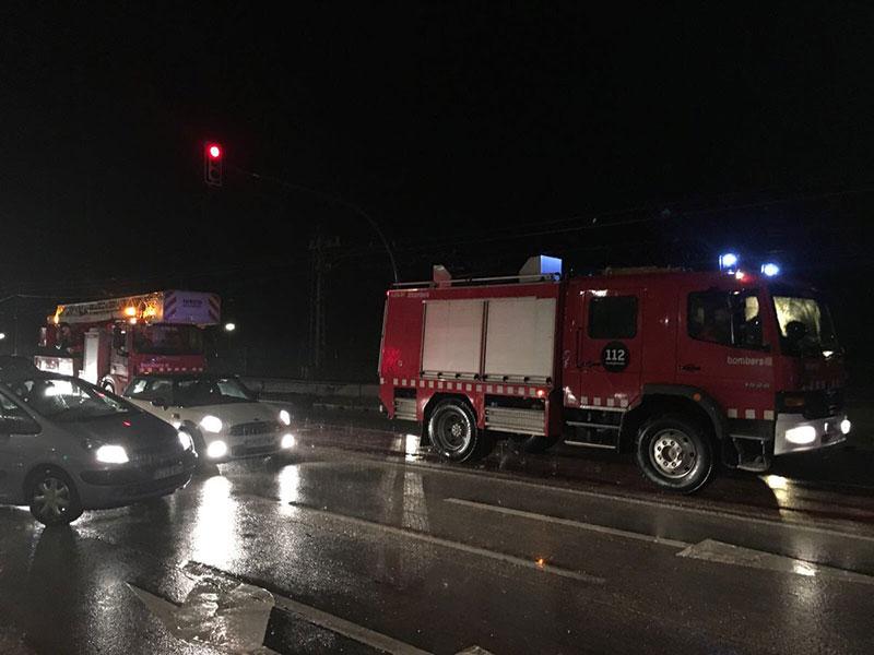 Los Bomberos tuvieron que rescatar a seis personas