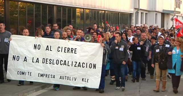 Los trabajadores de Autoliv en una reciente movilización contra el cierre