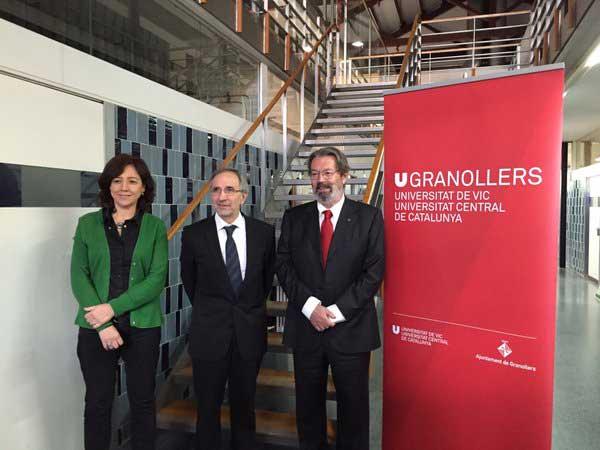 Anna Erra (alcaldesa de Vic), Josep Mayoral y Jordi Montaña (rector de la UVic) presentaron el proyecto universitario de Granollers