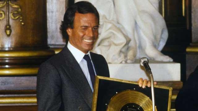 Julio Iglesias, futbolista, cantante, Julio, artista